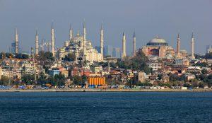 Istanbul, Blick auf Hagia Sophia und Sultan Ahmed Moschee.